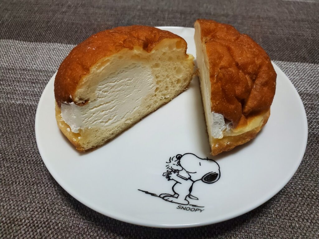 リベイク マラサダドーナツのお店 ホイップクリーム