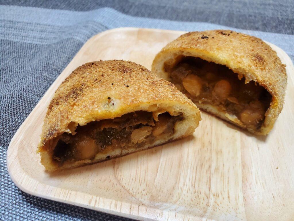 パンのお店ito ひよこ豆の焼カレーパン